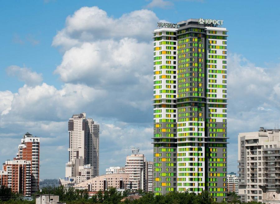Фото новостройки многоэтажки зеленые